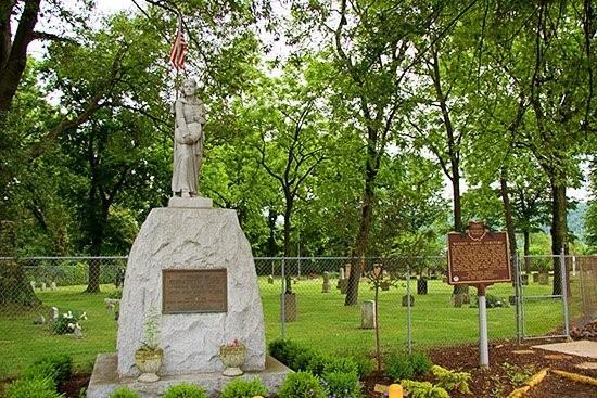 1952864887-betty-zane-monument