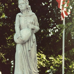 Betty Zane Monument