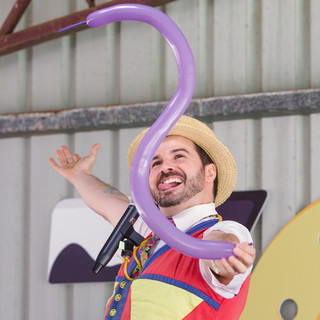 The Balloon Guy at Pawsitive Steps 2019