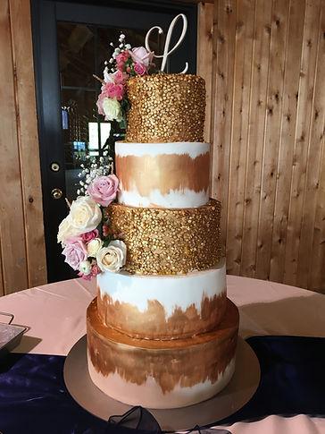 Gold wedding cake custom wedding cake bakery Roanoke VA Braeloch Gleburn Farms Boxtree Lodge destination wedding Blue Ridge mountains