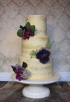 Semi- naked wedding cake flowers