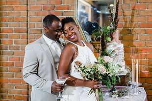 Earth tone floral wedding cake.jpg
