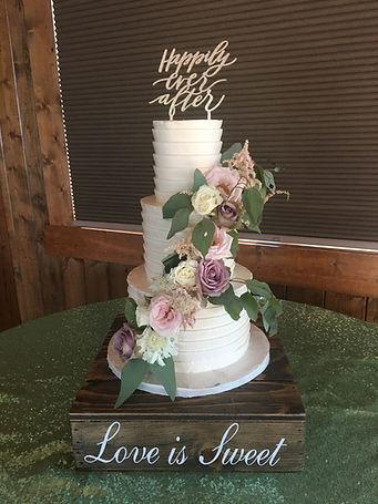 Pleated buttercream wedding cake wedding cake bakery roanoke virginia VA Vinton Salem Lexington House Mountain Inn Irvine Estate wedding venue Blue ridge mountain destination wedding