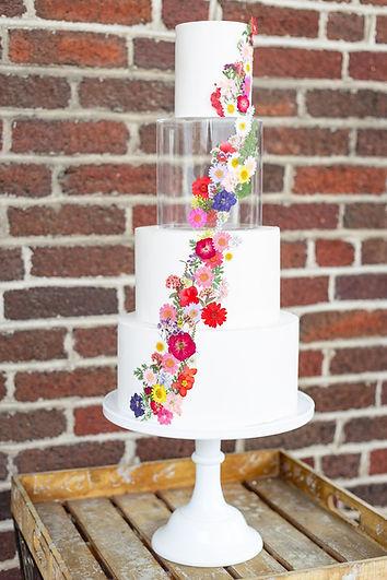 Pressed flower wedding cake custom wedding cake bakery Bent Oaks Manor Roanoke VA wedding cake bakery Salem Bedford County Botetourt County