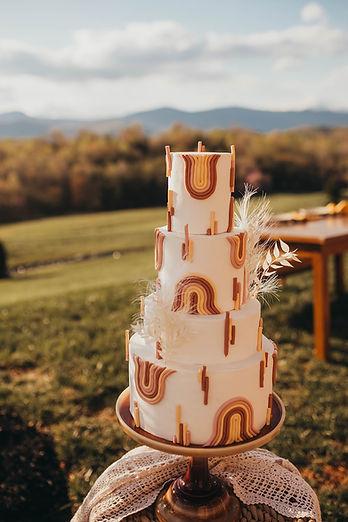 Roanoke Virginia Goode VA Glade Hill VA Glass Hill wedding venue wedding cake custom cake bakery wedding baker