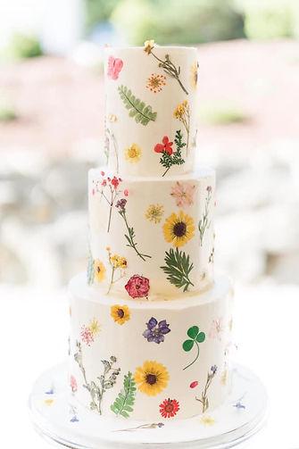 Roanoke Virginia VA custom wedding cake bakery pressed flowers Belle Garden Estate wedding venue Bedford County