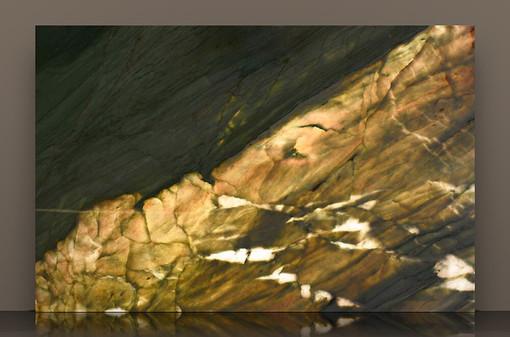 gaultier-polished-quartzite-2cm-backlit