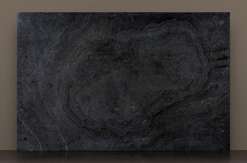 pooil-vaaish-black-honed-limestone-slab_3jpg