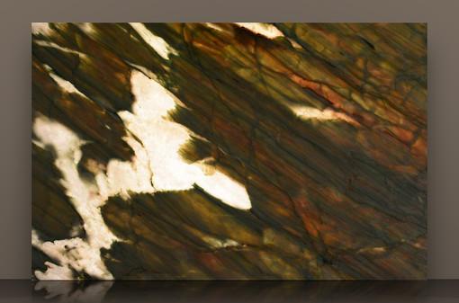 alexandrita-2cm-polished-290-x-177-2j