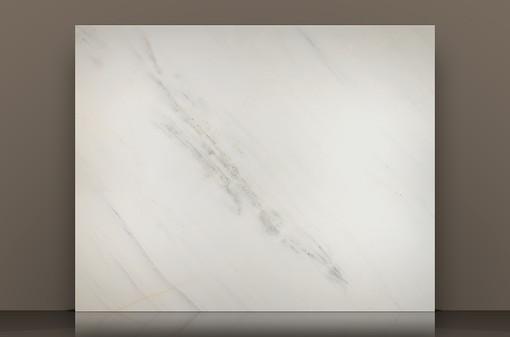 mera-white-polished-marble-slabjpg