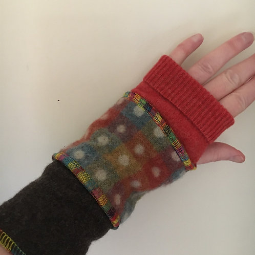 Reloved Woollies thick wool recycled wristwarmers hand made