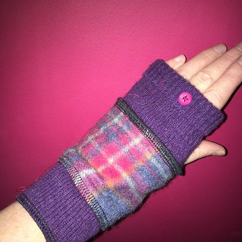 Reloved Woollies wristwarmers recycled wool