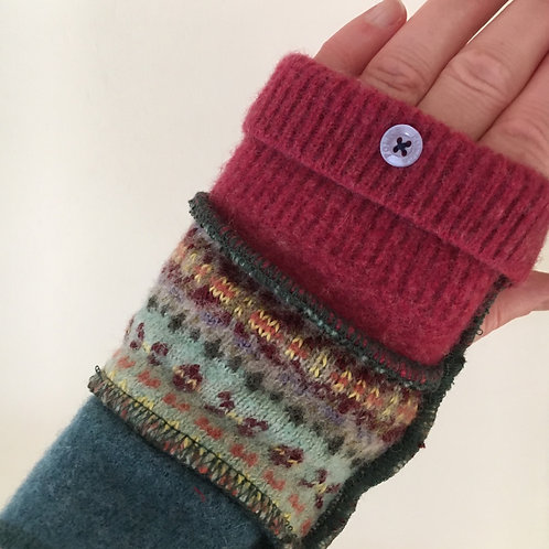 Reloved Woollies recycled wrist warmers
