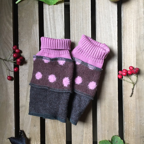 Reloved Woollies recycled wristwarmers