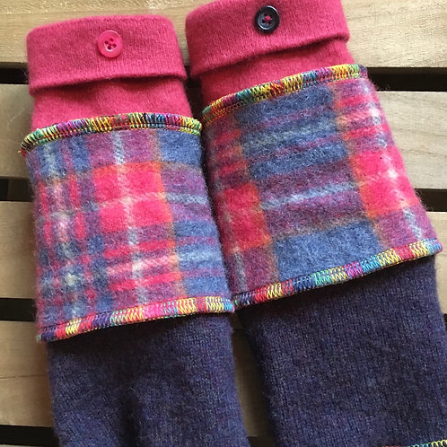 Reloved Woollies S/M wool and cashmere wristwarmers hand made