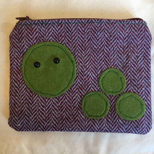 Handmade Tweed pea purse