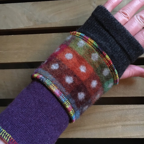 Reloved Woollies wristwarmers recycled wool handmade
