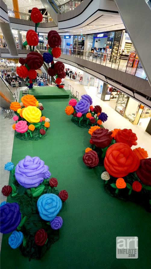 03.Giant Roses Garden-03.png