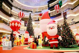 14.Santa Gift Fest-02.png