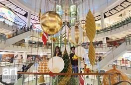 Shiny Christmas Ornament