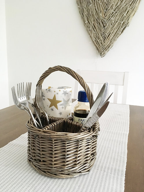 Willow cutlery basket