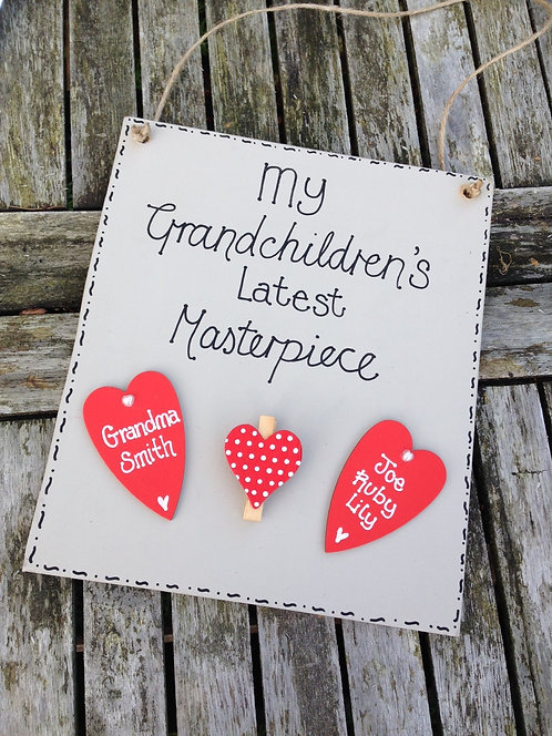 Grandarent's peg plaque for grandchildrens artwork