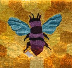 hooked rug, bee