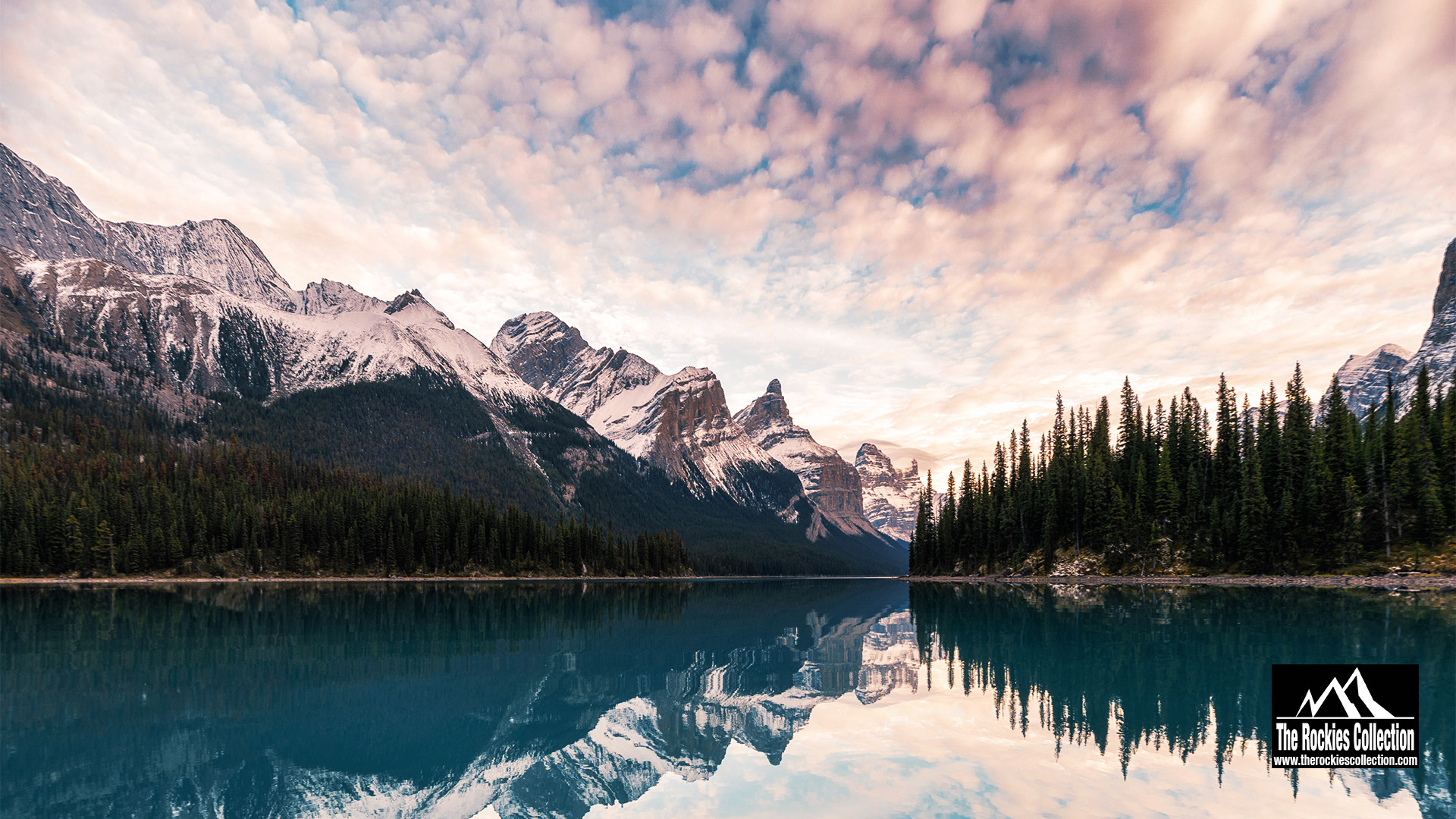 MALIGNE LAKE - JASPER CANADIAN ROCKIES