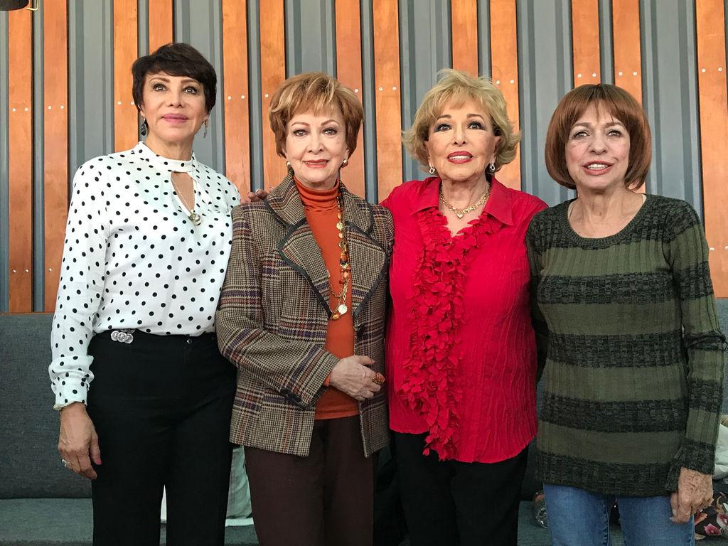 Amigas Maduras el teatro mas fuerte que nunca en temporada navideña