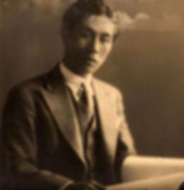 ifukube_with_score_in_1935.jpg