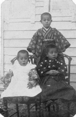 ifukube_brothers_1916.jpg