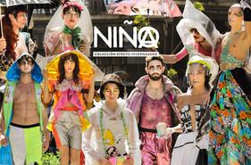 Desfile performance - NIÑX, Colección efecto invernadero. Por Cecilia Morales