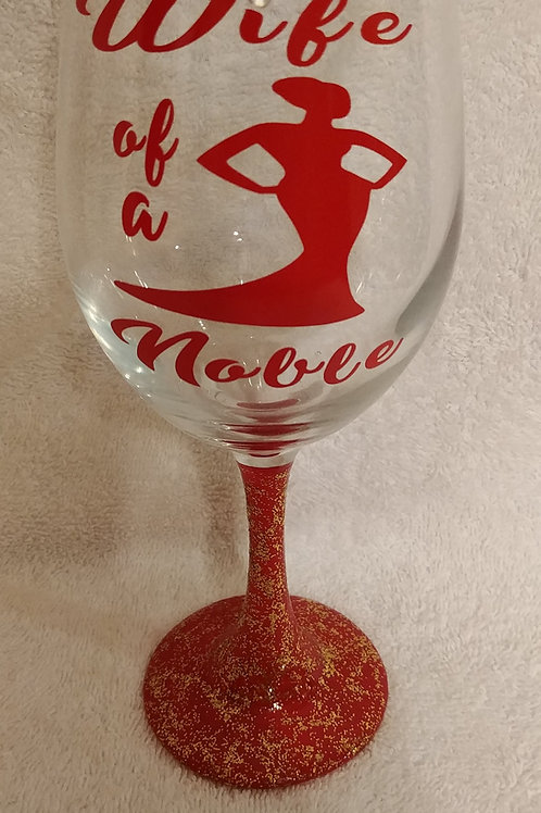Wife of a Noble glassware with Diva silhouette