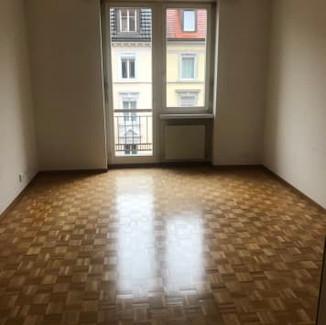 Auftrag: Verkauf Objekt: Mehrfamilienhaus  Ort: Zürich ZH