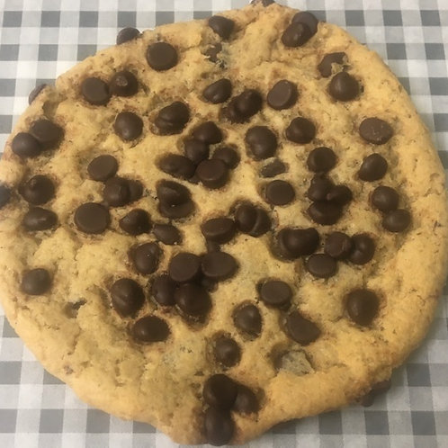 Giant Milk Chocolate Chip Cookie