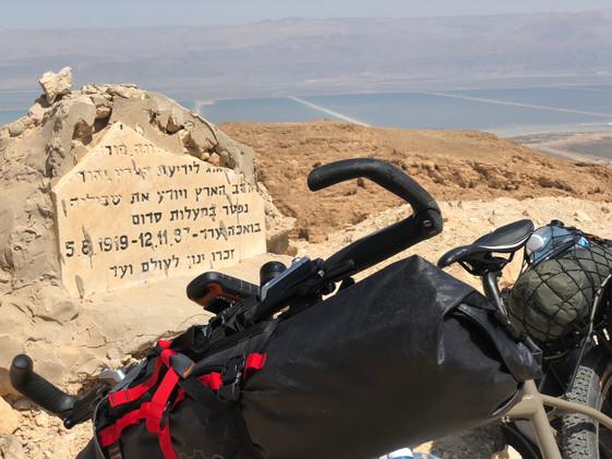 En busca del Mar Muerto...