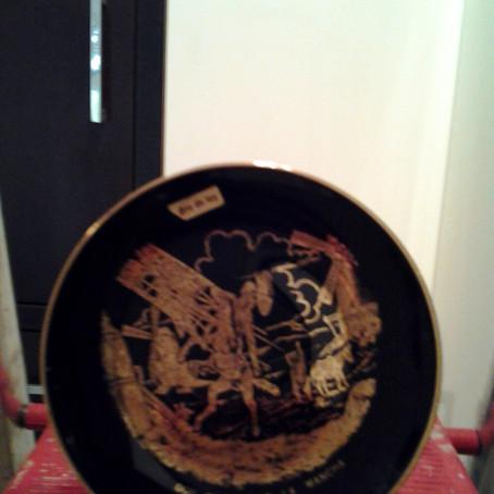 Cavaleiro em louça e ouro
