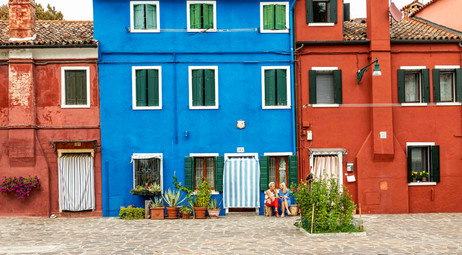 _Y5A7743 Burano colorful homes and ladie