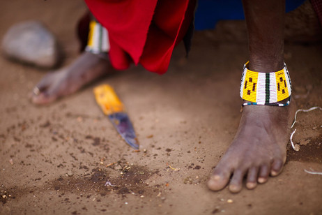 Maasai feet & knife