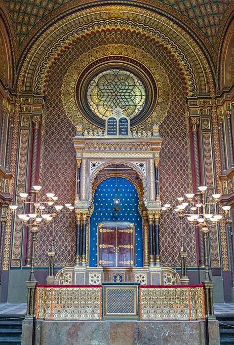 _E7A0739 Prague Synagogue web ready.jpg