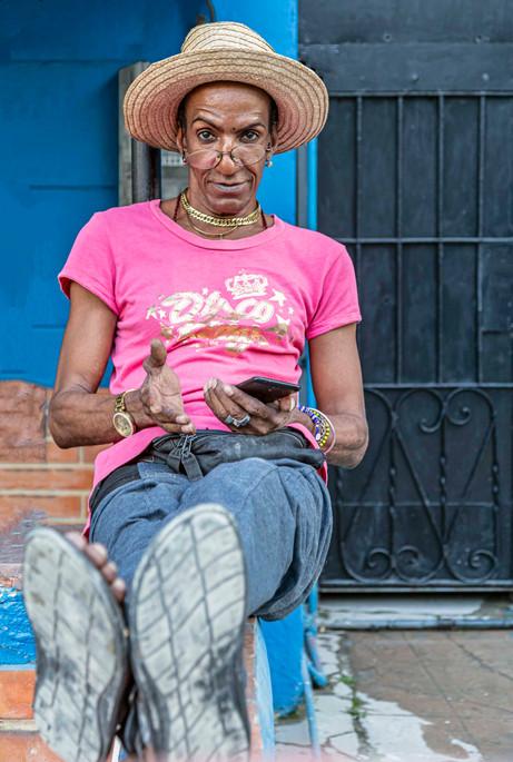 _Y5A1915 Man sitting on stoop in Havana