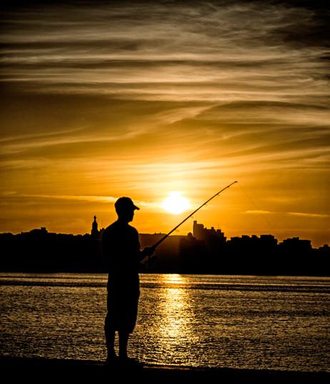 _E7A8028 Lone fisherman at sunset on Malecon.jpg