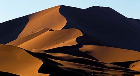 _51A1454 Multiple line dunes web ready W