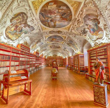 _E7A0695 Library in Prague web ready.jpg