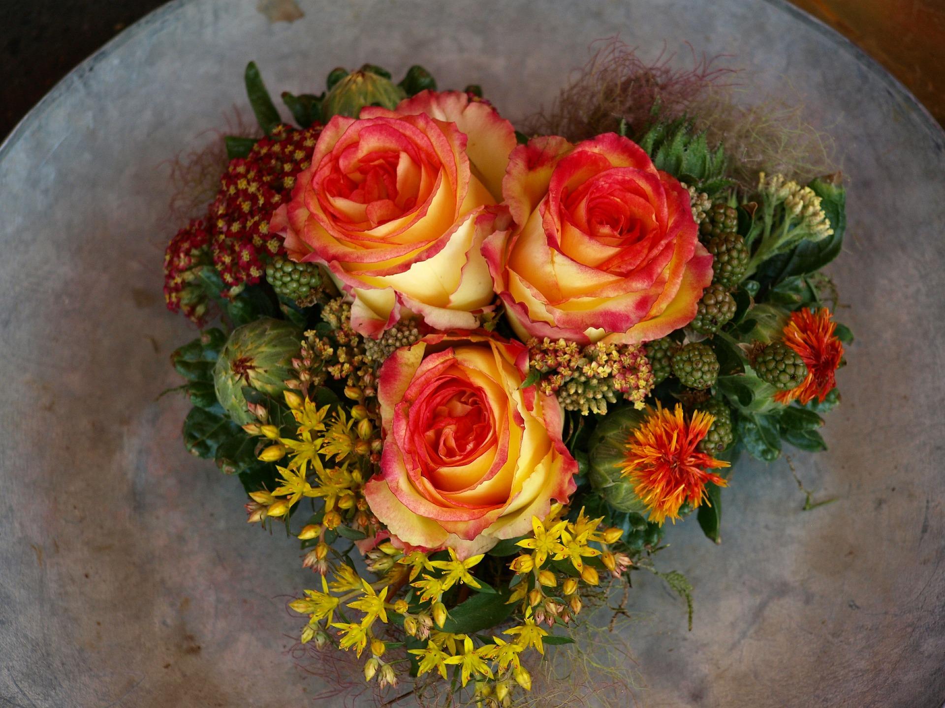 flowers-376767_1920