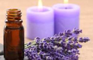 lavender essential oil_edited