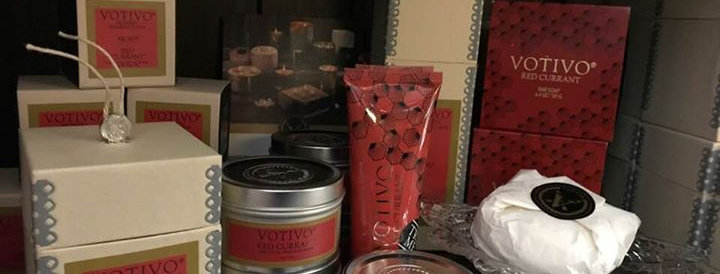 Red Currant Collection Votivo:  Candle  Metallic Elegance Collection