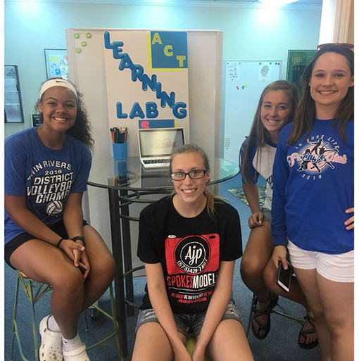 Another team of Seniors has made their way to the Learning Lab!