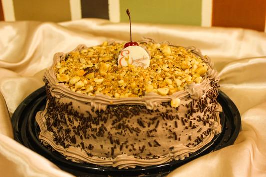 Torta Nega com Castanha