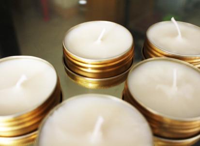 DIY: Sweet Raspberry Organic Soy Candles